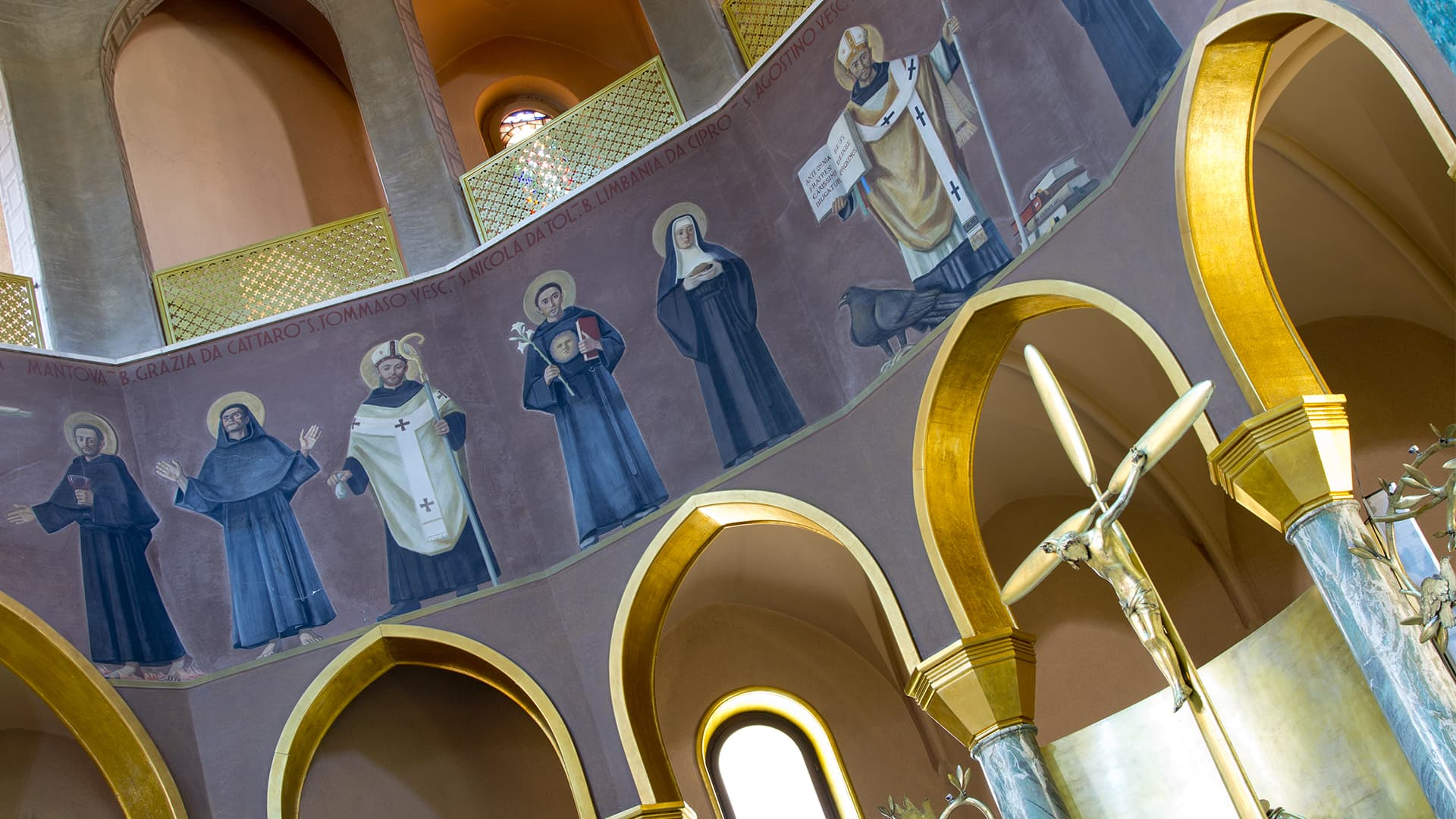 Interno Basilica di Santa Rita